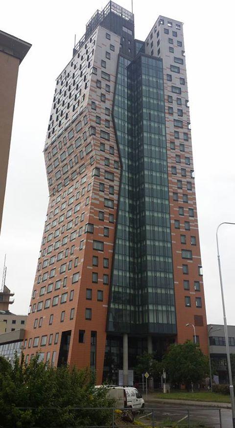 az tower 2